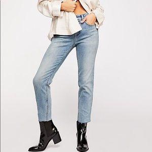 FREE PEOPLE Hi Rise Vintage Straight Jean NWT  31